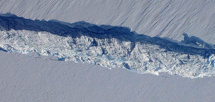 Riss Pine Island Glacier