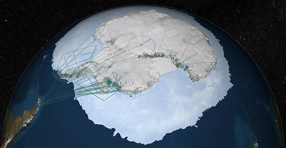 Die Flugrouten von Mission IceBridge, die von Punta Arenas (Chile) aus über die Westantarktis unternommen wurden. Aber auch von der US-Station McMurdo aus wurden Teile der Antarktis im Rahmen der Mission vermessen.