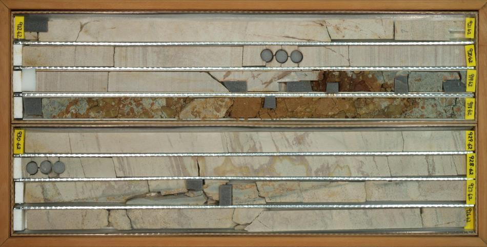 Die untersten Teile der Sedimentkerne haben eine Länge von 1 Meter und bestehen aus Sandstein. Bild: Hans Grobe, AWI/CRP