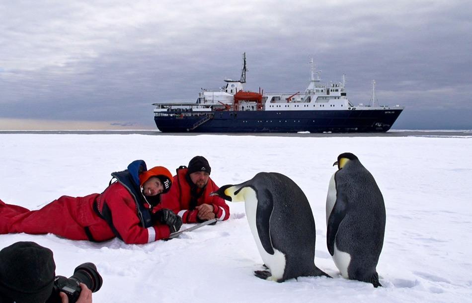 Seit ein paar Jahren haben verschiedene Umweltschutzorganisationen und die CCAMLR-Mitgliedstaaten versucht, Meeresschutzgebiete im Rossmeer einzurichten, vor allem für die Fische und die Königs- und Eselspinguine. Doch alle Vorschläge wurden abgewiesen. Foto: Oceanwide Expeditions