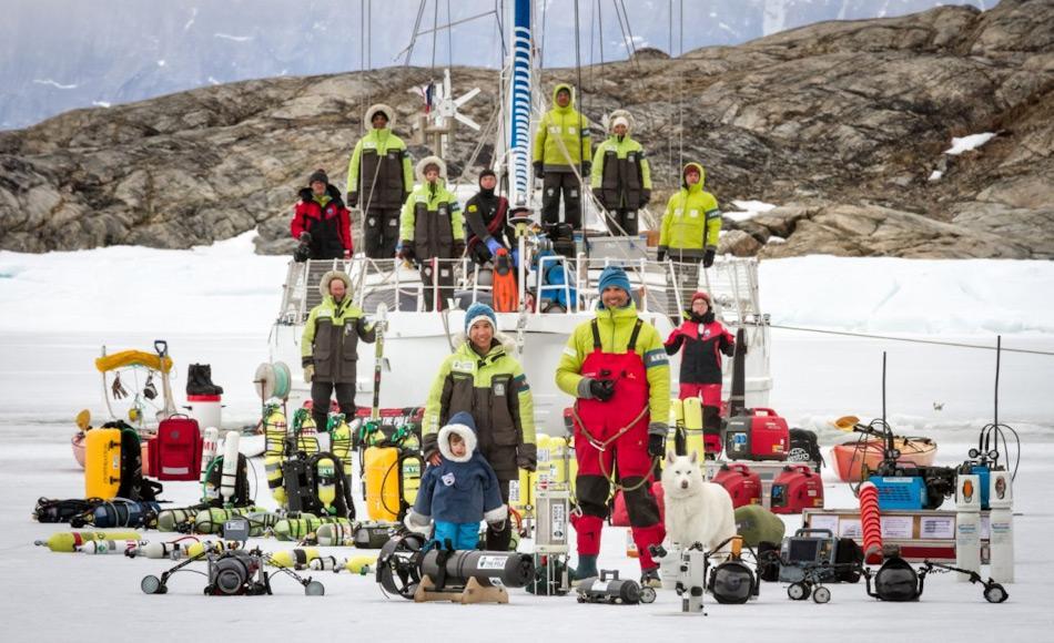 Wissenschaftler werden die Jacht als Basis für die Erforschung der knapp beleuchteten Tiefen des Arktischen Ozeans verwenden. Die gesamte Ausrüstung wird an Bord verstaut sein. Bild: Lucas Santucci