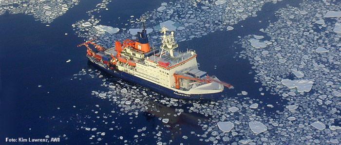Polarstern im Eis