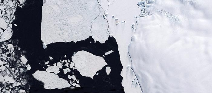 Satelliten-Fotos von Eisbergen sollen die Schifffahrt sicherer machen.