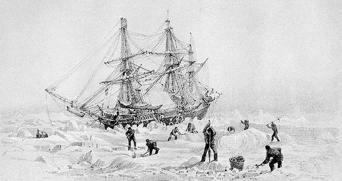 Die Schiffe «Erebus» und «Terror» wurden für Fahrten im Eis mit Dampfmaschinen ausgerüstet und der Rumpf mit Eisenplatten verstärkt.