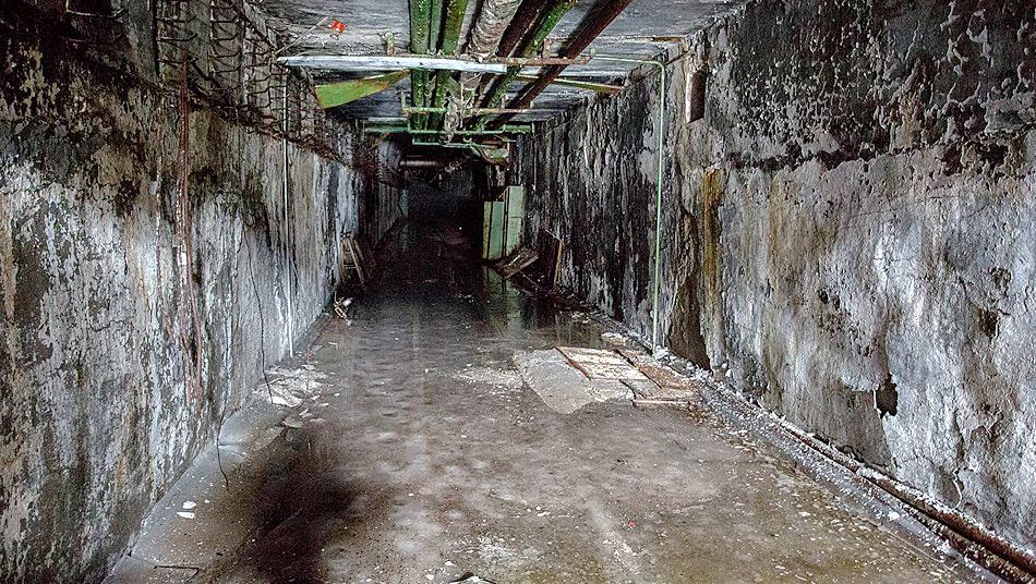 Durch kilometerlange Tunnels wurden die Nuklear-Sprengköpfe transportiert. Foto: Alexander Belenkiy