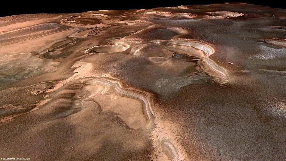 Die Schichten in den Felsen zeigen Eisablagerungen in der südlichen Polarregion des Mars. Das Bild wurde von Mars Express am 15. Januar 2011 mit der High Resolution Stereo Kamera gemacht.